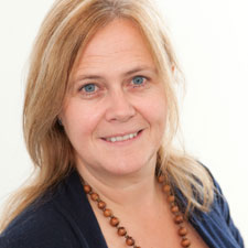 Nicola Theobald